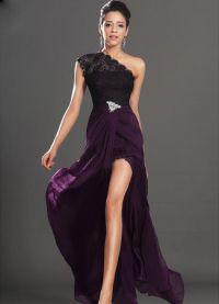 Дантелено рокля в пода