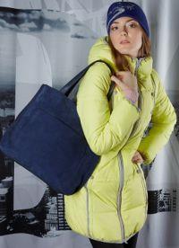 Каква чанта за носене с пуховиком?