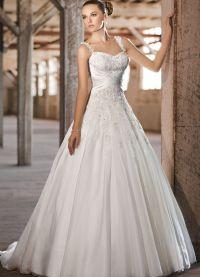 Сватбени рокли за спагети презрамки
