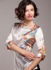 Фасоны блузите от естествена коприна